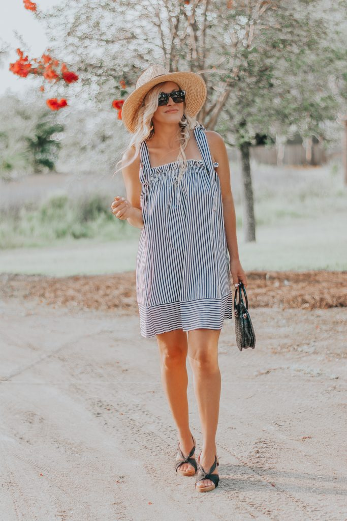 Because You Can Never Go Wrong Wearing Black and White | Budget Friendly Striped Summer Dress | BreeAtLast.com